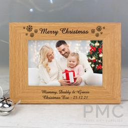 Personalised Oak Finish 6x4 Snowflake Photo Frame